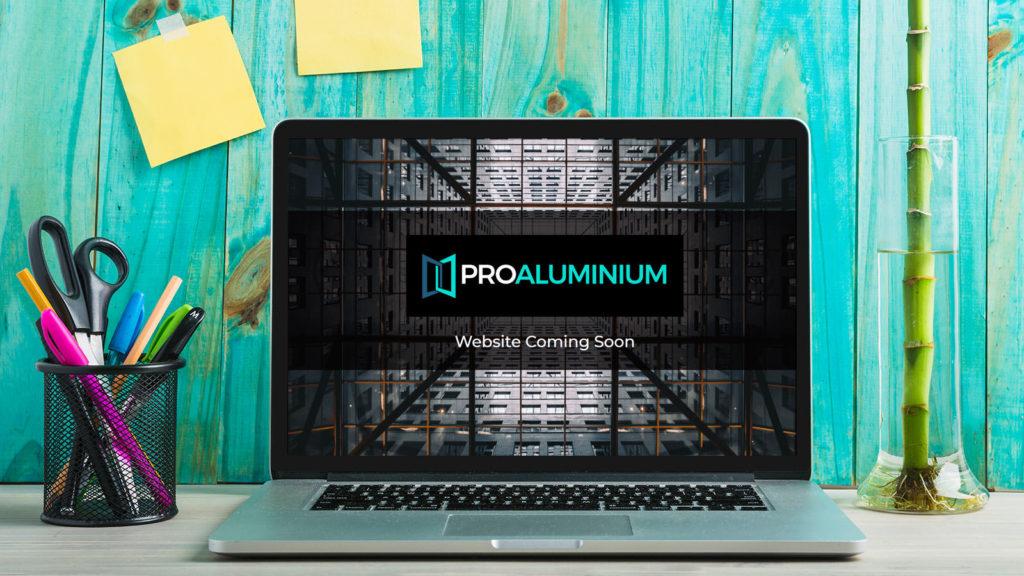 Pro Aluminium Desktop